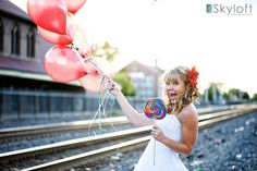 Rock the dress -  I love the balloons