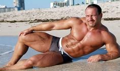 Hot dads and mature guys. Hot Dads, Body Shots, Daddy Bear, Mature Men, Older Men, Male Physique, Fine Men, Man Photo, Hairy Men