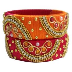 Silk Thread Bangles Design, Silk Thread Necklace, Silk Bangles, Thread Jewellery, Tassel Jewelry, Indian Bangles, Indian Jewelry, Bangles Making, Thread Art