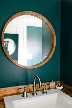 Golden by American Tiny House – Tiny Living – Diy Bathroom Remodel İdeas Diy Bathroom, Teal Bathroom, Apartment Decorating For Couples, Bathroom Mirror, Round Mirror Bathroom, Painting Bathroom, Tiny Bathroom, Bathroom Design, Bathroom Decor