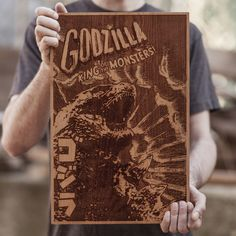 Poster en madera de GODZILLA, por SpaceWolf