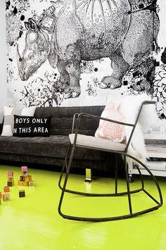 Neon nursery with A. Durer Rhino wallpaper / Neonově žlutý pokoj pro miminko