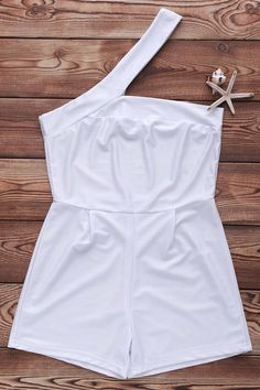Sexy One-Shoulder Cut Out White Romper For Women - WHITE M Rompers Women 6f4f43be379d8