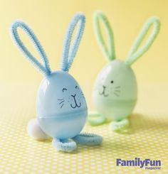 After the candy's gone, your child can use a plastic egg to create a sweet bunny friend! Kids can make this cute Easter craft with pipe cleaner and pompoms!