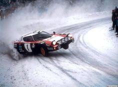 Lancia Stratos pulling some heroic shit!