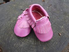 $12.99 Purple Leather Baby Moccasins (18-24Months)