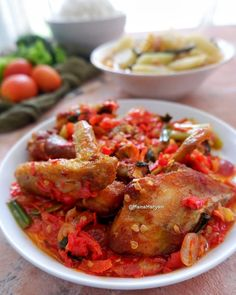 20 Resep masakan ayam paling enak instagram Indonesian Desserts, Indonesian Food, Resep Cake, Asian Recipes, Ethnic Recipes, Yummy Chicken Recipes, Chicken Nuggets, Kung Pao Chicken, Food Photography