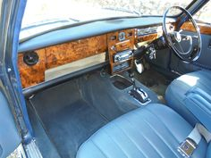 Classic Mini, Classic Cars, Austin Cars, Cars Uk, Vintage Sports Cars, Classic Motors, Ford Transit, Commercial Vehicle, Old Cars