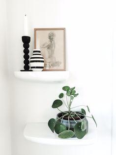 Shelf styling #vitra #corniches #kahler #fermliving #scetch #scandinavian   FOR SALE #grünerløkka Scandinavian, Shelf, Sweet Home, Bedroom, Home Decor, Cornices, Rome, Decorations, Room