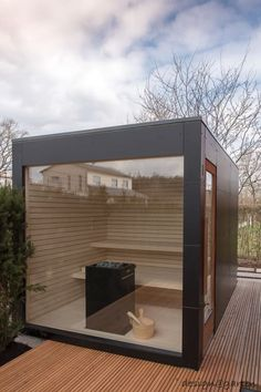 Design garden sauna with panoramic glazing - black box by design @ garten - Alfred Hart - design garden house and balcony cabinets from Augsburg Terrasse Design, Patio Design, Rooftop Garden, Indoor Garden, Outdoor Sauna, Outdoor Decor, Design Sauna, Sauna House, Hotel Door