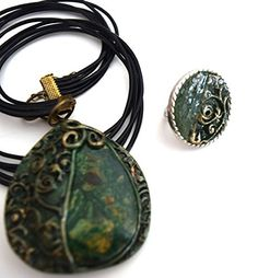 CHRISTMAS COLLECTION - Natural Green Sediment Jasper Neck... https://www.amazon.com/dp/B076NYSHPJ/ref=cm_sw_r_pi_dp_x_ypp.zbQZQ68X1