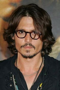 Johnny Depp Pictures - Rotten Tomatoes