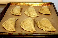 Baked or fried beef empanadas.I dont use the hard eggs, raisins or olives in mine.oh yum! Bolivian Food, Bolivian Recipes, Appetizer Recipes, Dessert Recipes, Appetizers, Desserts, Beef Empanadas, Fried Beef, Smitten Kitchen