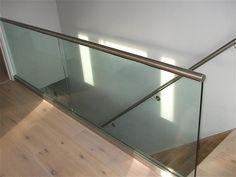 Znalezione obrazy dla zapytania balustrady szklane