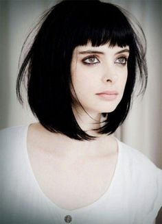 15-Modern-Medium-Length-Haircuts-With-Bangs-Layers-For-Thick-Hair-Round-Faces -2015-11