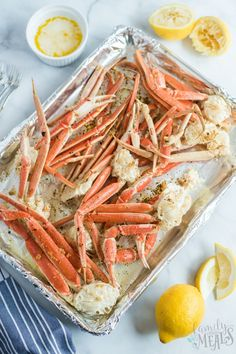 These snow crab legs are so easy to make. Once you learn how to make snow crab legs, you'll never go out to a restaurant for them again. Family Fresh Meals, Easy Family Dinners, Quick Easy Meals, Family Recipes, Crab Bake, Bacon Fried Cabbage, Cooking Recipes, Healthy Recipes, Easy Recipes