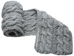 Bufanda para caballeros tejida con trenzas u ochos reversibles.