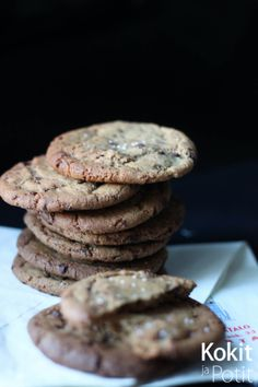 Tavoitteena täydelliset suklaacookiesit - Kokit ja Potit No Bake Cookies, Baking Cookies, Scones, Muffins, Tasty, Sweets, Desserts, Food, Tailgate Desserts