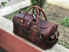 dc7d6af833c2 24 Inch Chocolate Brown Genuine Hunter Leather Weekend Bag