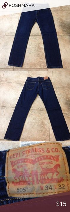 Men's 505 Levi's jeans Gently worn Men's 505 Levi jeans W 34 L 32 *price is firm Levi's Jeans Straight