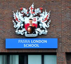 Pasha London School [Edited] [ Idea by user: @xReaperedx ] • r /GlobalOffensive