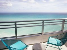 Forgo the battle of the beach between Miami and Fort Lauderdale, and meet somewhere in the middle—literally. Hollywood, a quiet city often overshadowed by its northern and southern neighbors, is making major waves in 2017 thanks to the $100 million dollar transformation of The Diplomat Beach Resort. Now part of the Curio—A Collection by Hilton portfolio, the 1,000-room beachfront resort exudes coastal elegance with a modern take on 1950s glamour, as envisioned by design firm Hirsch Bedner…