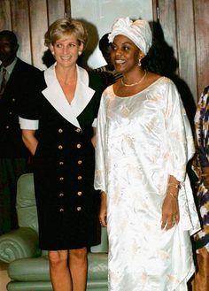 Princess Diana meets Ana Paula Dos Santos, the wife of the president of Angola, January 13, 1997.
