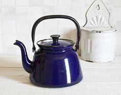 Mid century dark blue enamel kettle - Vintage navy blue teapot - Retro home decor