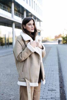 Fashionblogger fashiioncarpet #shearling #jacket