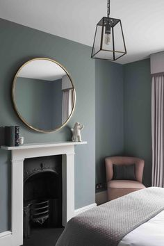 This bedroom at our recent townhouse project was painted in Oval room blue from . This bedroom at our recent townhouse project was painted in Oval room blue from F&B . Bedroom Wall Colors, Bedroom Color Schemes, Home Decor Bedroom, Home Living Room, Living Room Decor Blue, London Living Room, Bedroom Ideas, Interior Livingroom, Design Bedroom
