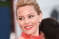 Elizabeth Banks in Talks to Direct New 'Charlie's Angels' Film For Sony