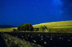 Ağrı'da Gece Ağrı'nın Taşlıçay ilçesinde uzun pozlama tekniğiyle görüntülenen yıldızlar güzel bir manzara oluşturdu.
