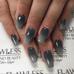 15 Warm and Classy Winter with Shades of Grey Nail Art - Femalinea Grey Nail Art, Silver Nail Art, French Acrylic Nails, Floral Nail Art, Black Ombre Nails, Gray Nails, Fingernail Designs, Ombre Nail Designs, Gorgeous Nails