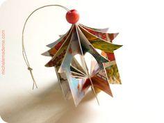 Cristmas ornament van oude kerstkaarten/papier