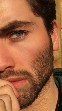 Men's style Beautiful Men Faces, Gorgeous Men, Moustaches, New Beard Style, Scruffy Men, Handsome Man, Blue Eyed Men, Latin Men, Short Beard