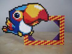 Bird photo frame by beadstoterabithia on Etsy, €7.50