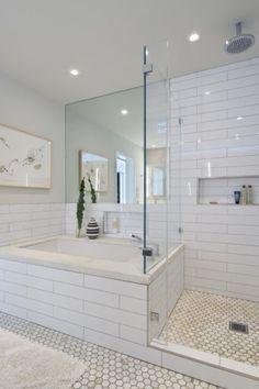 Beautiful subway tile bathroom remodel and renovation (25) #bathroomrenovations