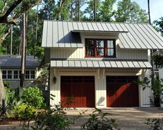 Traditional Garage And Shed Cabin Design, Pictures, Remodel, Decor and Ideas - page 2