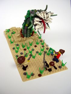 These Cthulhu LEGO sets will drive you insane with little plastic bricks Lego Figures, Action Figures, Lego Dino, All Lego, Creature Concept Art, Lego Moc, Lego Building, Lego Creations, Cthulhu