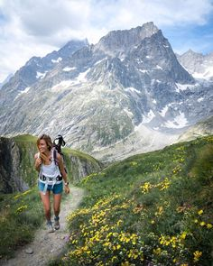 Top Tips For Successfully Hiking The Tour Du Mont Blanc — Jess Wandering Cavo Tagoo Mykonos, Destinations, Hiking Photography, Mountain Photography, Wildlife Photography, Day Hike, Monuments, Camping, Plan Your Trip