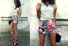 Flower shorts (by MAGDALENA P) http://lookbook.nu/look/3717333-flower-shorts