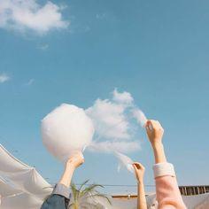 Trong hình ảnh có thể có: bầu trời, đám mây và ngoài trời