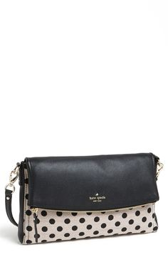 What's not to love about this bag?! 'carson' crossbody bag