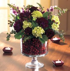 Fill our Trifle Bowl with cranberries and flowers for an elegant and festive centerpiece. The cranberry s stay fresh for almost month ...www.pamperedchef.biz/one800funchefs.  Deena Hiltbrand Ind. National Director