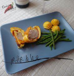 Le filet mignon en croûte est vraiment un plat que j'adore et pour plusieurs raisons: 1. je suis une fan absolue de tout ce qui est feuilleté: friands, tartes, vol-au-vent, etc... j'adore!!! 2. c'est un plat idéal pour...