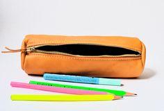 Federmäppchen aus Leder | Leather pencil pouch | Zipper case | june-shop