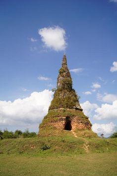 Stupa in Muang Khoun, Laos