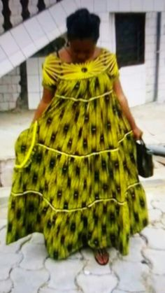 Caba Modern African Print Dresses, Latest African Fashion Dresses, African Dresses For Women, African Print Fashion, Africa Fashion, African Attire, African Outfits, Ankara Stil, African Blouses