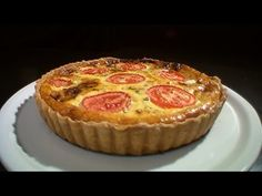 Tart Recipes, Cookbook Recipes, Cooking Recipes, Pizza Tarts, Bon Appetit, Healthy Snacks, Brunch, Food And Drink, Muffin
