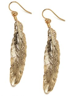 Gold Plume Drops, I'm lusting over these earrings from Baublebar.com. I might need to make them my next purchase!